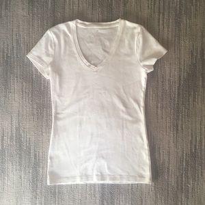 Banana Republic 100% Cotton V-Neck T-Shirt